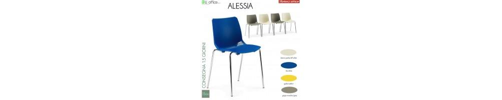 Sedia impilabile con seduta in plastica colorata